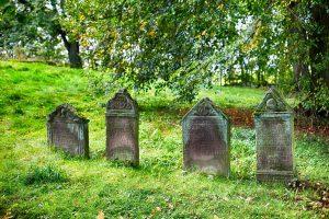 cemetery-2773827_1920